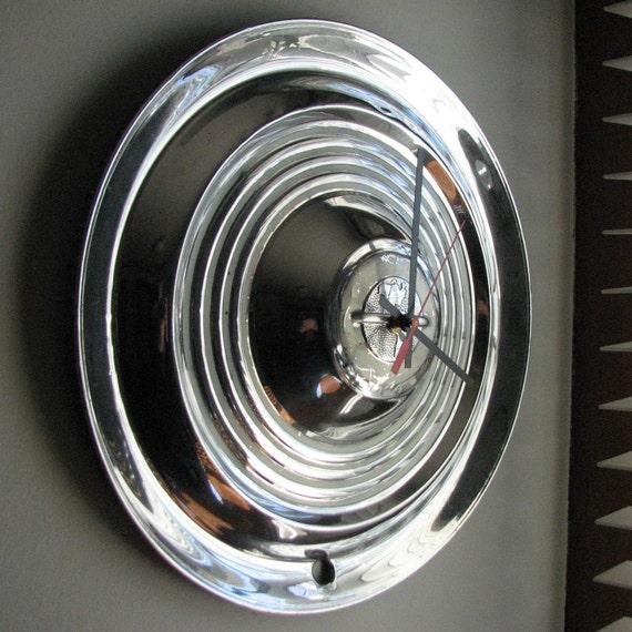 1954-55 Oldsmobile Hubcap Clock