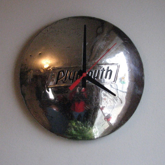 SALE - 1937\/38 Plymouth Hubcap Clock