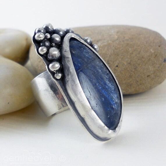 Sterling silver and Kyanite  ring Hallmarked - Causeway-