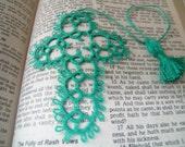 CROSS BOOKMARK                  Tatted Cross Bible Bookmark