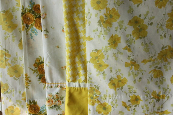Reserved for Marilyn Vintage Pillowcase Cutter Bundle Flowers Check Yellow Orange 467