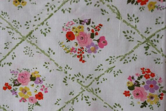 Vintage Fabric Scrap Stash Builder Wildflowers Cottage Shabby Chic