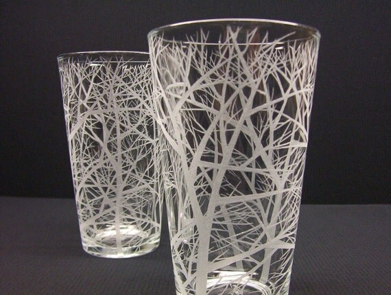 Two Pint Glasses . Hand Engraved Glass . 'Reaching Branches' . Barware . Gift For Brides and Grooms . Best Man Gift