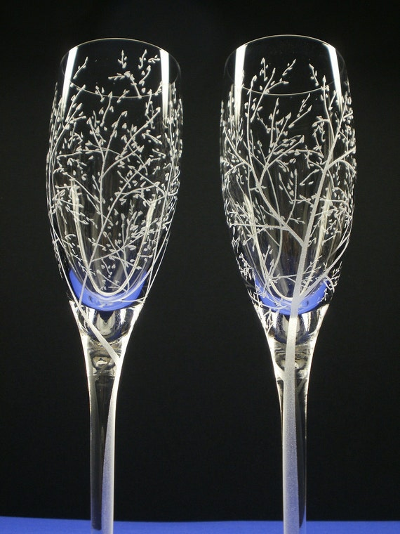 Branches and Leaves . 2 Champagne Flutes . Hand Engraved Glass . Spring Wedding