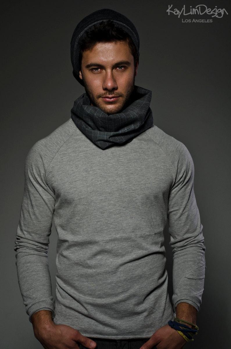 Men's cowl neck t-shir...