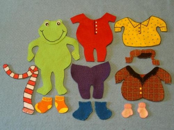 Frog gets dressed felt set for Froggy gets dressed template