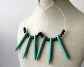 Natural Girl Spikes dangle earrings