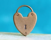4pcs Heart Padlock Charms, Hand Finished Antiqued Patina (PC1A)