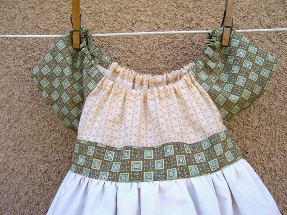 Dress with Vintage Pillowcase Apron with Crocheted Edge - Size 4