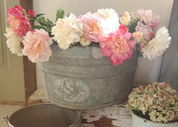 Metal Vintage Wash Tub Bucket Flower By CountryAnthropology