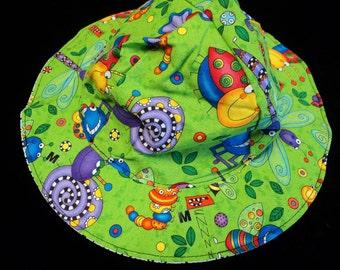 Reversible Bug Sunhat sizes newborn to adult size