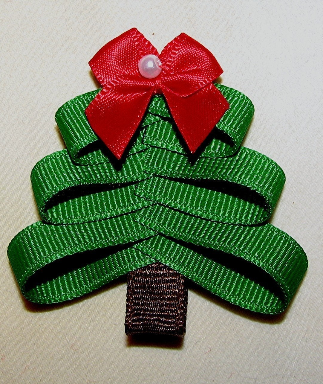 Tree Hair Bows Off her holiday spirit with this custom made 2 inch ...