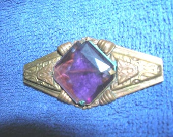 Vintage Deco Brooch with Amethyst Colored Stone
