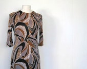 Vintage 1960s TAUPE Modern Art Dress M