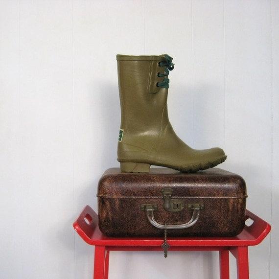Vintage 1960s Servus Rubber Boots Deadstock