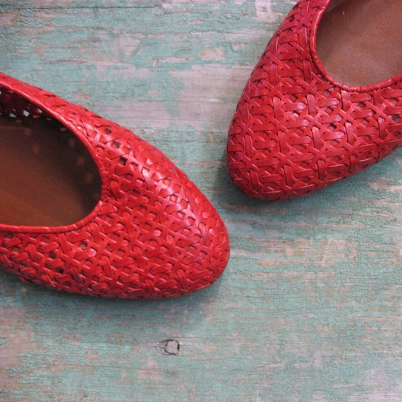 Vintage 1980s Etienne Aigner Red WICKER Flats