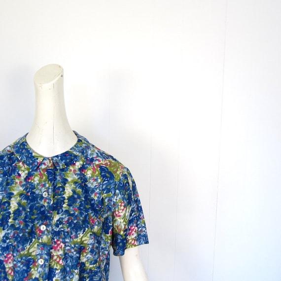 Vintage 1950s Blouse / Impressionist Floral Print / 50s Blouse / L