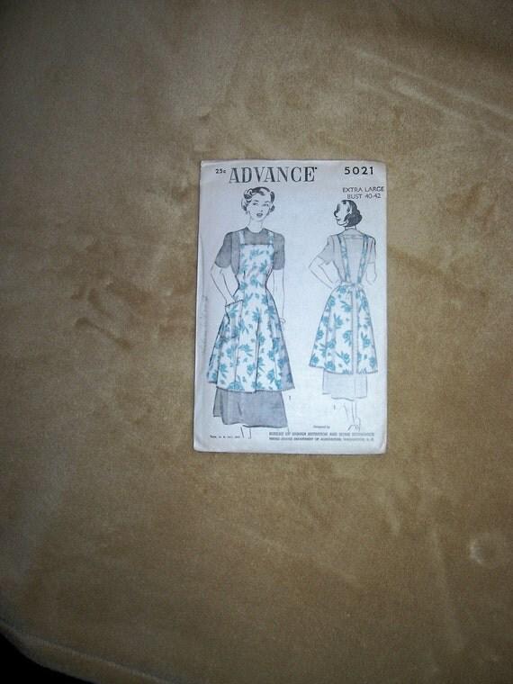 "Fabulous Vintage Apron Pattern Women's  X Large Bust 40""- 42"" Never Used...FREE SHIP"