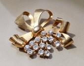 Vintage Gold Bow rhinestone brooch