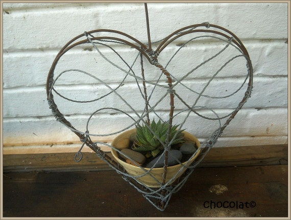 Heart Shaped Wire Plant Basket Or Bird Feeder