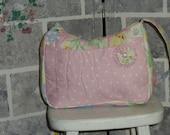 A Pretty Shoulder Bag in Nice pastel Colors.