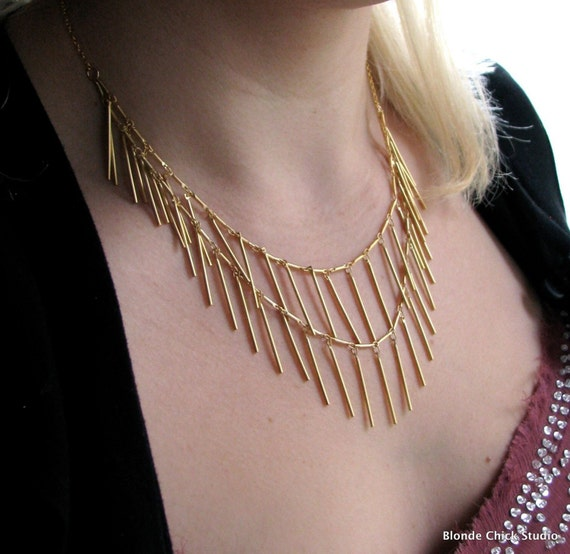 QUILLS-16Kt Gold Chain Bib Draped Necklace