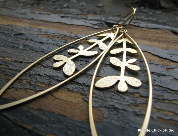 MARY-Golden Marquise and Stem Earrings