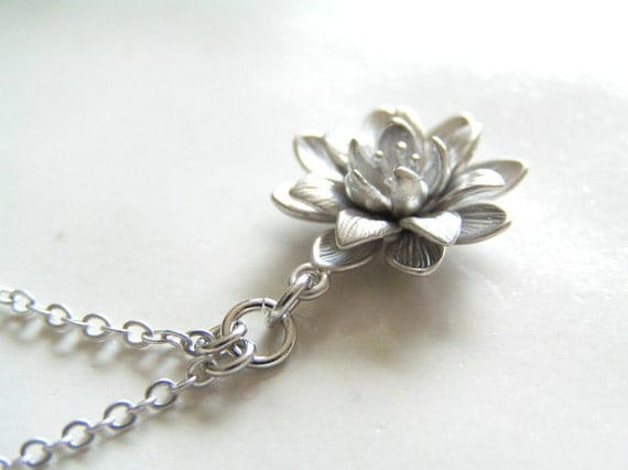 Little Dahlia Necklace