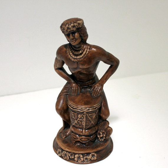 Vintage Treasure Craft Hawaii Bongo Man Hawaiian Drummer