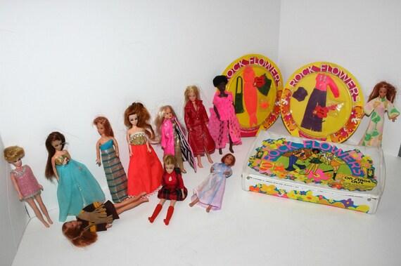 Vintage Lot Dawn Rock Flowers Dolls Clothes MOC Storage Case