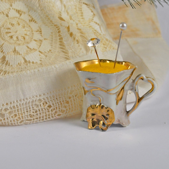 Small sweet pincushion in a Art Nouveau vintage tea cup
