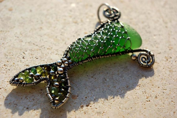 SALE. Emerald Green MERMAIDs TAIL wire wrapped seaglass pendant.