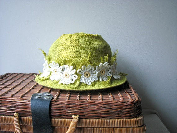 Crochet Sun Hat with Daisy Ribbon - Pure Linen - Reinforced Brim