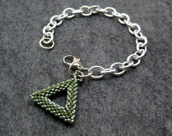Silver Chain Links Bracelet - Tubular Peyote Triangle Charm - Olive Green by randomcreative on Etsy