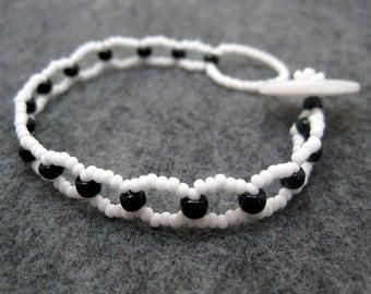 Beaded Bracelet - Skinny - Black and White by randomcreative on Etsy