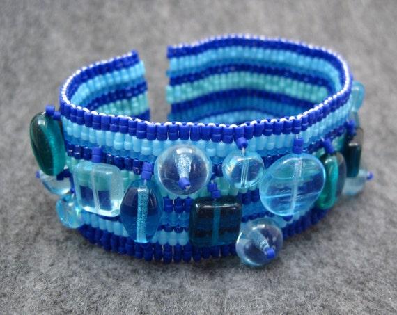 Beaded Cuff Bracelet - Peace Piece (Blue) by randomcreative on Etsy