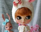 blythe cream rabbit hat