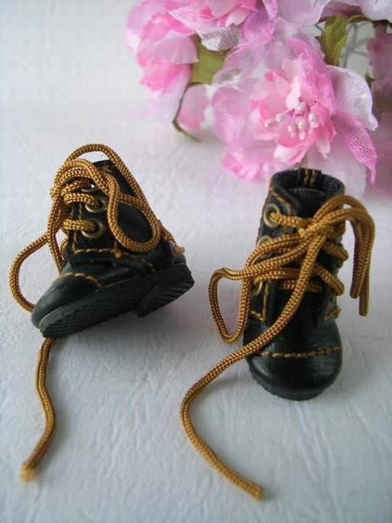 Blythe shoes ......new2