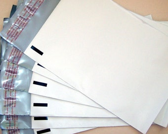 100 (6 x 9 ) White Poly Mailers - Self Sealing