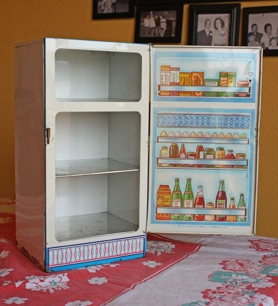 Vintage Wolverine Toy Company Tin Refrigerator