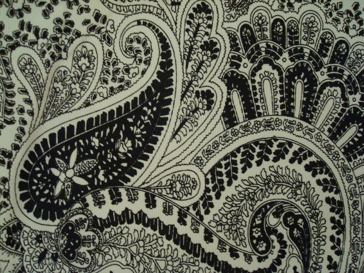 Cotton upholstery fabric paisley black and white for Black and white fabric