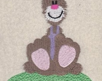 Easter Bunny and Easter Egg Embroidery Design