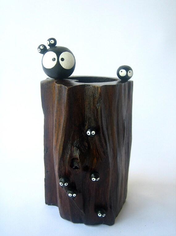 Spirited Away Totoro KUROSUKE Soot sprite doll TEAK VASE 12
