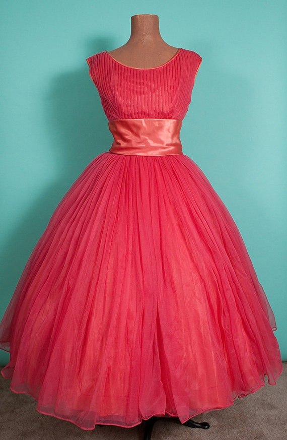 1950's Emma Domb Salmon Pink New Look Dress, Full Skirt, Vintage, 36-29-Free