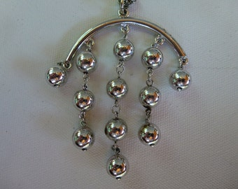 Vintage Silver Tone Ball Necklace