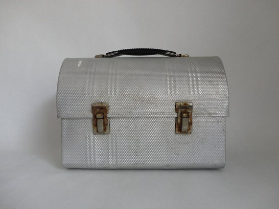 carried many lunches...VINTAGE aluminum LUNCH BOX