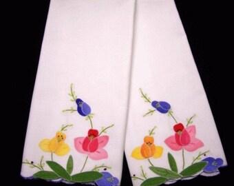 Vintage Madiera Applique Set of 2 Tea Towels