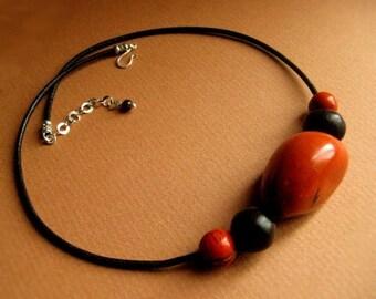 Tagua & Acai Necklace - Eco friendly jewelry