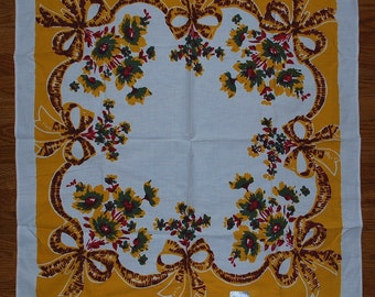 Sunflower Bouquets and Ribbons 1940s Kitchen Tablecloth MWT