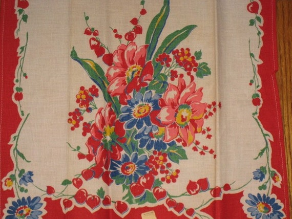 1940s Vintage Floral Kitchen Towel featuring Bleeding Hearts